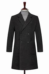 Двубортное темно-серое пальто