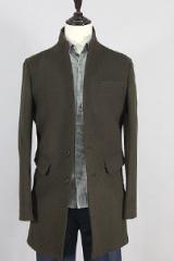 Пальто в классическом стиле с отложенным воротником