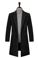 Мужское пальто с широкими лацканами.